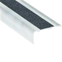 Nez de marche percé Alu incolore bord sifflet 40 x 18 mm longueur 3 mètres Romus 13723